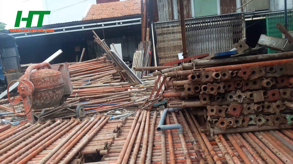 Sử dụng dịch vụ thu mua giàn giáo cũ của công ty Hưng thịnh