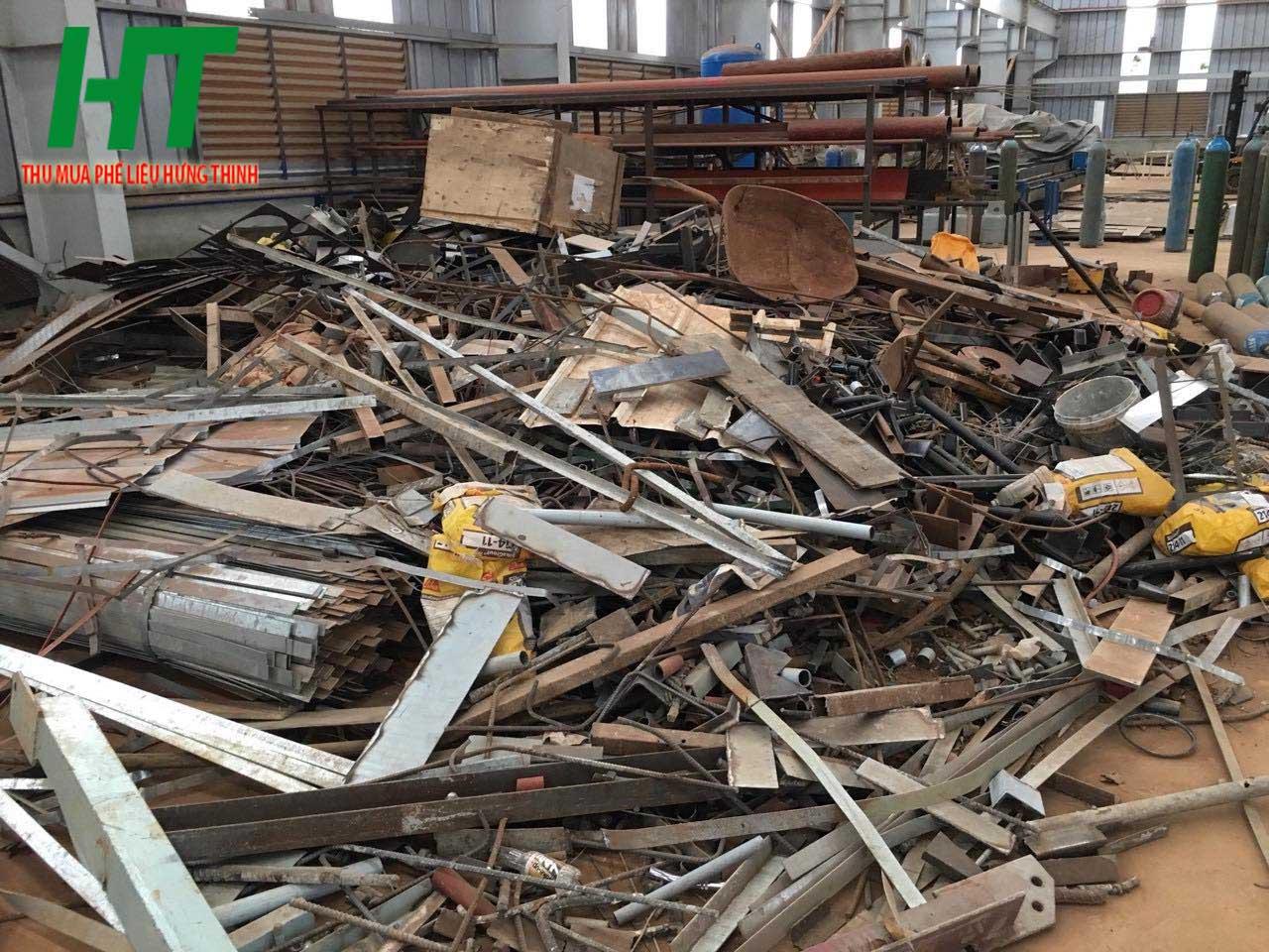 Ưu điểm khi lựa chọn công ty thu mua sắt phế liệu tại Hưng Thịnh