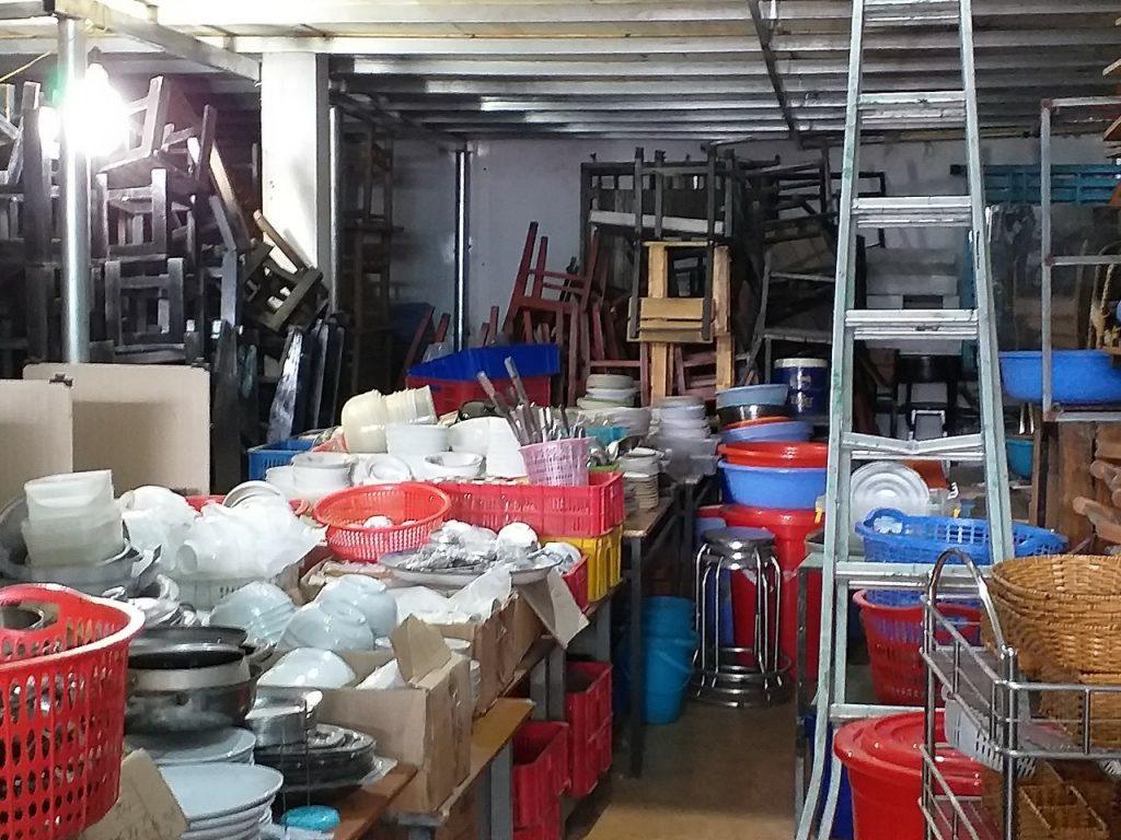 Thanh lý đồ dùng vật dụng trong nhà hàng giá cao