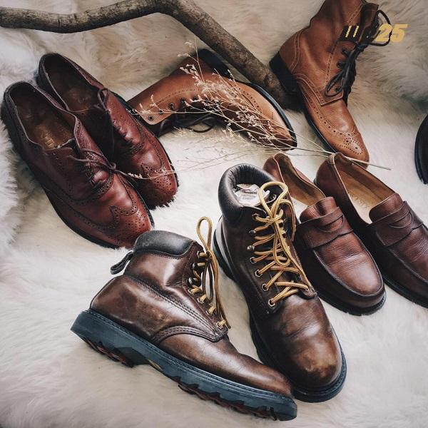 Giá thu mua phế liệu giày da phụ thuộc vào các yếu tố dưới đây