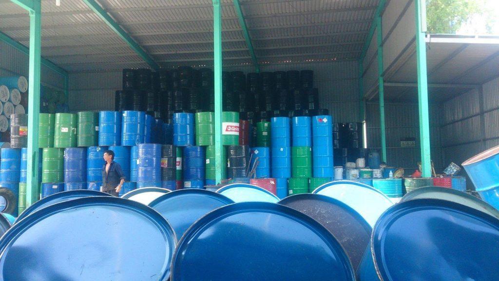 Thu mua thùng phi sắt phế liệu