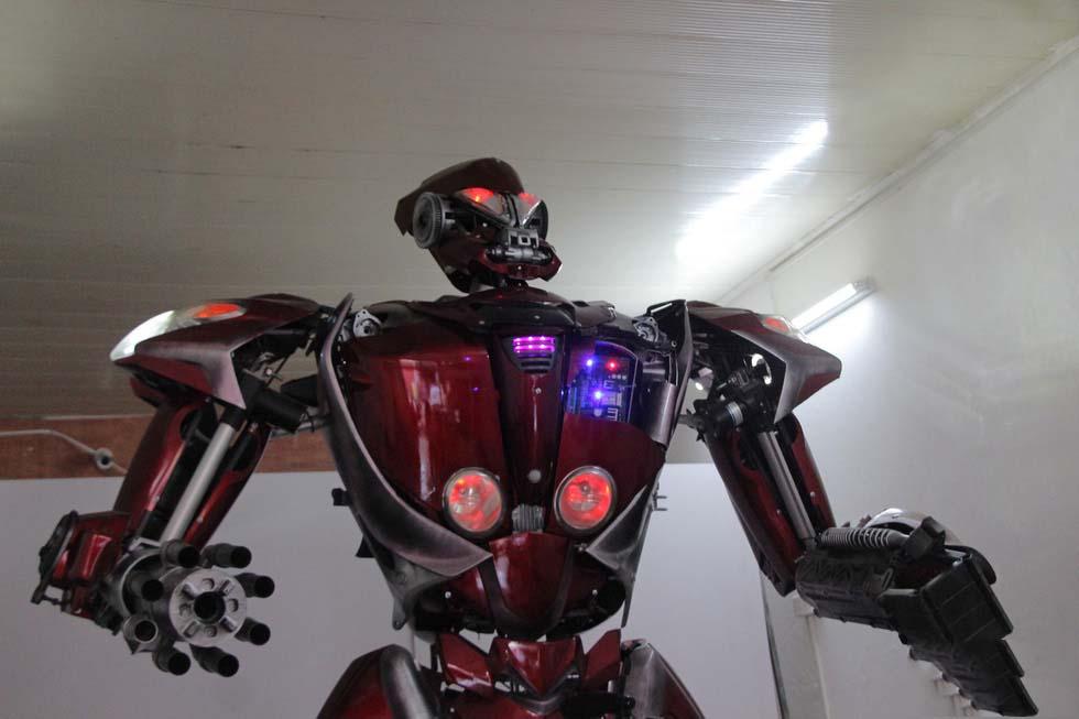 Robot phế liệu