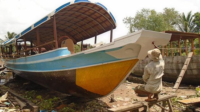Hưng Thịnh chuyên mua bán ghe tàu cũ giá cao