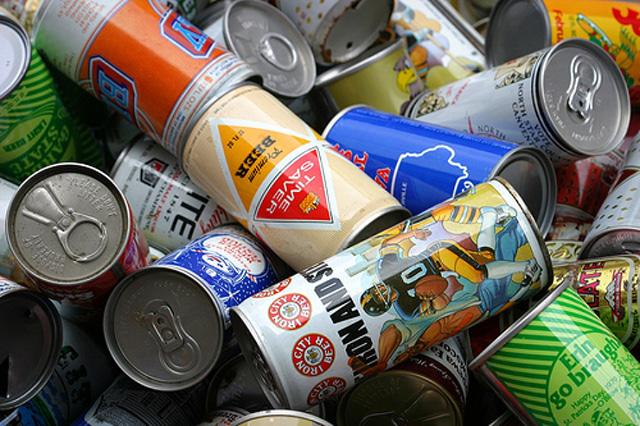 Giá thu mua vỏ lon bia phế liệu trên thị trường
