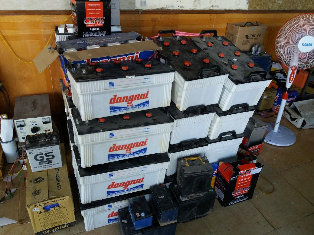 Các loại bình ắc quy cũ mà công ty Hưng thịnh thu mua