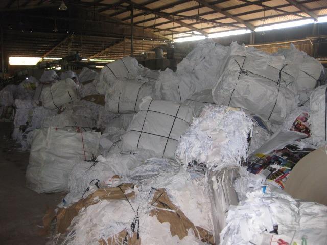 Đơn vị thu mua phế liệu giấy giá cao tại Hưng Thịnh